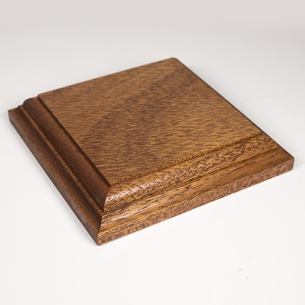 Square display base in african mahogany 1075